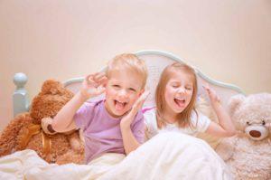 Happy kids make faces